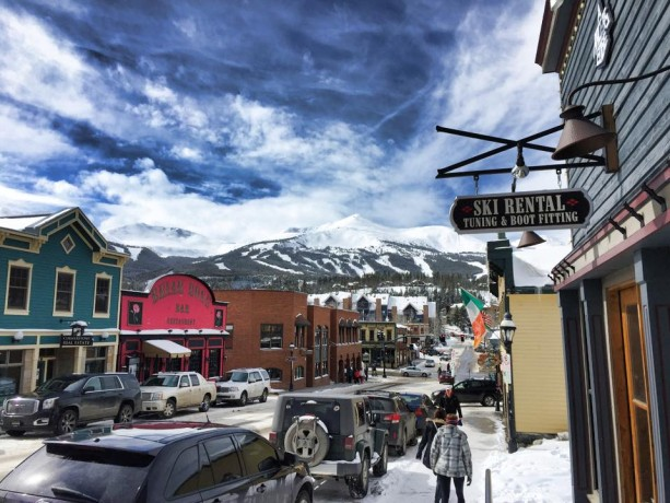 breckenridge has become my winter home with a blanket of snow covering the streets more or less from november to april and christmas lights adorning - Breckenridge Christmas