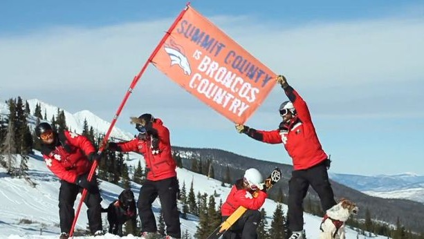 Broncos jersey in Breck