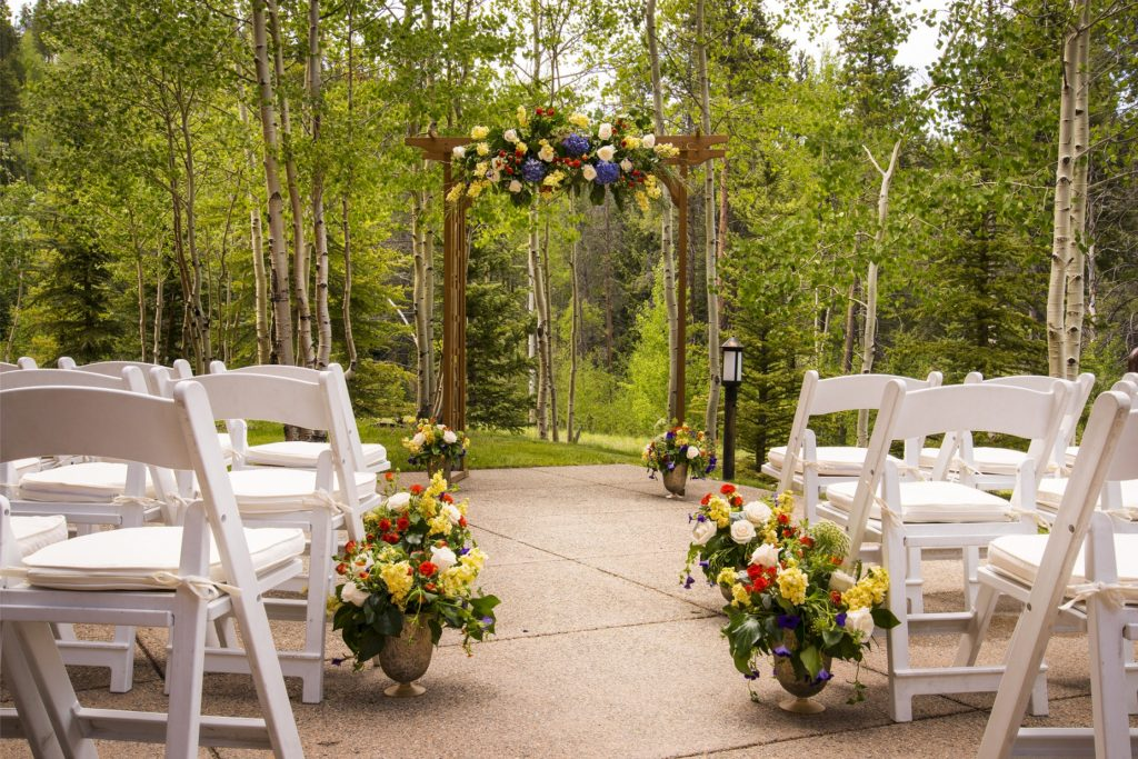MountainThunderSmallCeremonyPatio